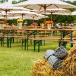Ławy i stoły biesiadne organizacja imprez plenerowych